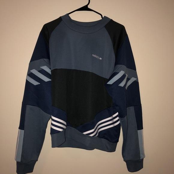 adidas originals vintage sweatshirt